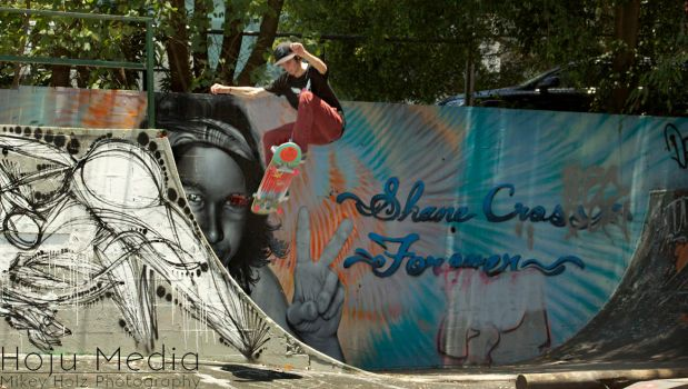 Matt Bates| Ollie out of the Halfpipe by Mikey-Holz