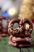 Chocolate mint pretzels by kupenska