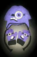 Purple Minion Hat and Mittens Set by DCoath