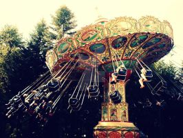 Merry-go-round by artisthepassion