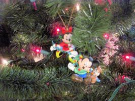 Mickey and Minnie Mouse Ornaments together by BigMac1212