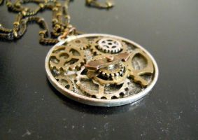 Steampunk compass by Readmeabook21