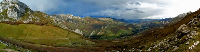 Mountain landscape in Asturias by XurdeRadio