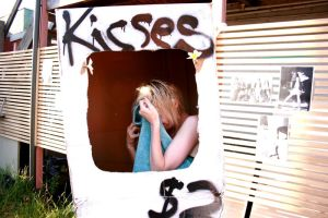 $2 a kiss by selfhaircuts