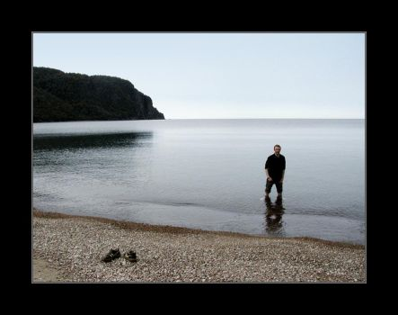 old woman bay, lake superior by riskabsurdity