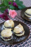 Mini Cream Puffs by neongeisha