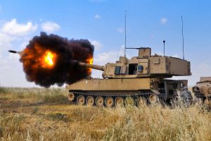M109A6 Paladin Howitzer by MilitaryPhotos