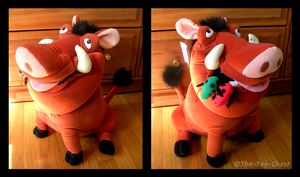 Disney Store Pumbaa With Bugs by The-Toy-Chest