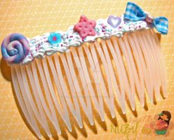 Yummy Kawaii Comb by colourful-blossom