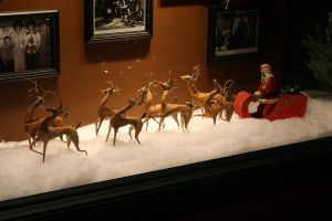 Display from a Miracle on 34th by SwiftFlyer