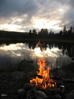 Lake and fire by caroluz
