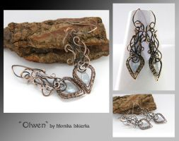 Olwen- wire wrapped earrings by mea00