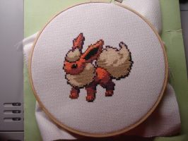 Flareon by Rae18