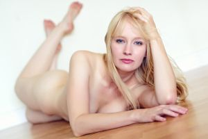 Jay Elle: On the Floor by tom2001