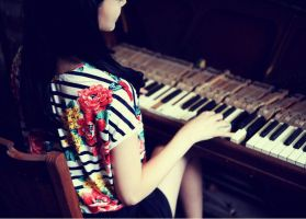 old piano by leehaneul