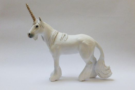 Unicorn Sculpture by philosophyfox