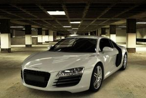 Audi R8 by onicron