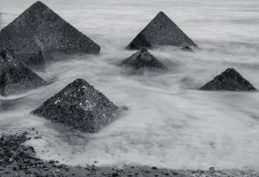 Pyramids of the sea. by chivt800