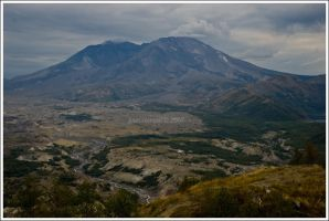 Mount St. Helens by NaujTheDragonfly