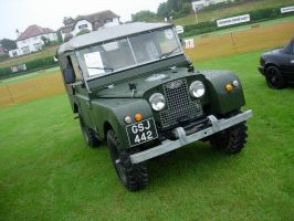 Land Rover 88 by Prythen