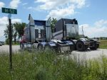 Optimus and the Freightliner by TheLordandtheRing