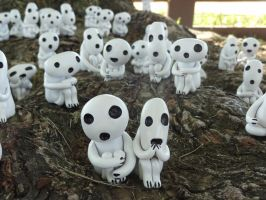 Kodama Forest by meanlilkitty