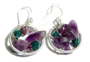 Malachite and amethyst by OlgaC