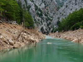 Green Canyon . by MisterKrababbel