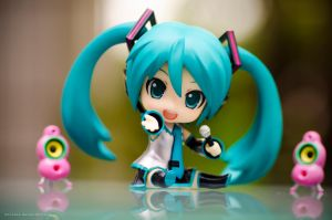 nendoroid miku 2.0  5 by danzE26