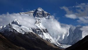 Everest - II by Suppi-lu-liuma
