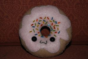 Donut Plushie by lightning-kitteh