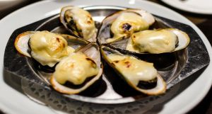 Cheesed Mussels by PS-XiaoFeng