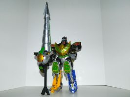 Dragonzord Fighting Mode with Drill Staff by LinearRanger
