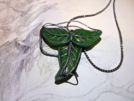 Elven leaf of Lorien necklace by Mirtica