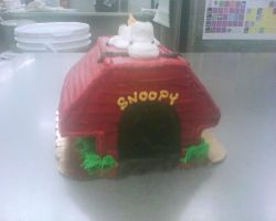 snoopy cake sculpture 1 by nlpassions