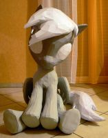 Derpy papercraft - coming close now by Znegil