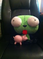 Gir and his Piggy by Annaley