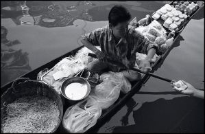 Floating market2 by ESafian
