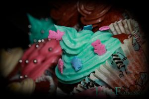Cupcake by LovegoodLuna