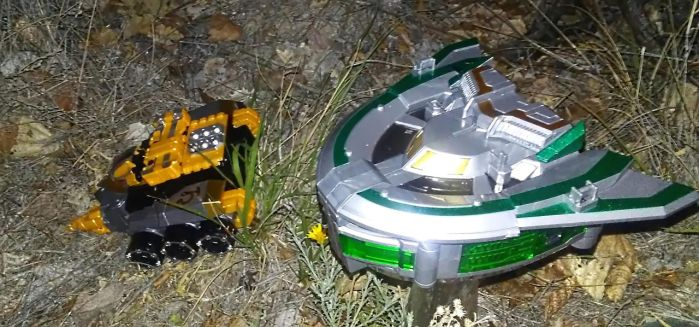 Earth Drill Zord and Sky Soarer Zord by Witchenboy13