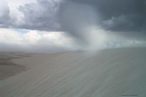 Stormin in White Sands by Aquarianeye