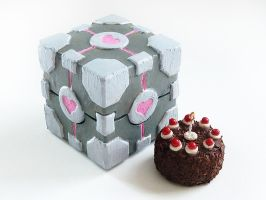 Companion Cube and Cake by Rhyara