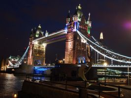London at night 3 by CeaSanddorn
