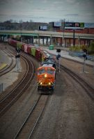BNSF 3947 east. by Railphotos