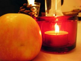 Candle Apple by corunes