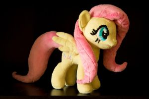 Fluttershy   ,  YAY 1st selfmade plush by rtry