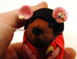 Uhura Mouse Close-up by The-House-of-Mouse