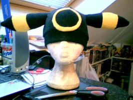 Umbreon Hat by Kloofcat