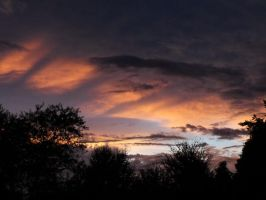 Sunset clouds 20100927 by CO99A5
