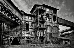 Old by AbandonedZone